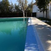 Grúa de piscina Ayuntamiento de Posadas
