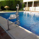 Grúa de piscina CP Rincón de la Victoria